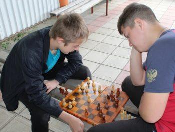 Турнир по шахматам и шашкам 16 июня